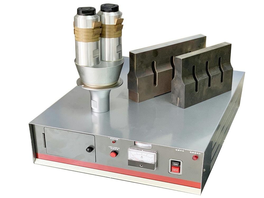 4200W 15KHZ 模拟式 超声波系统