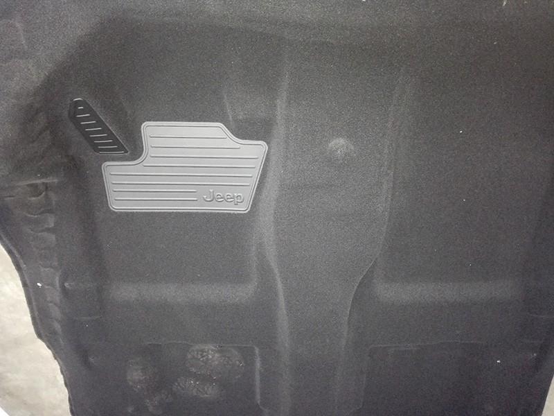 汽车脚垫高周波焊接机