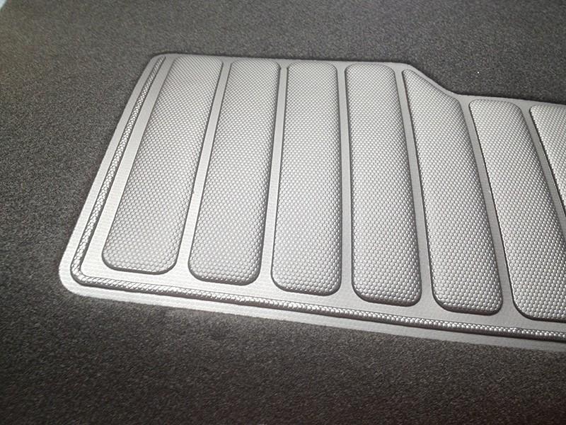 定盘式汽车脚垫热合机-高频热合机
